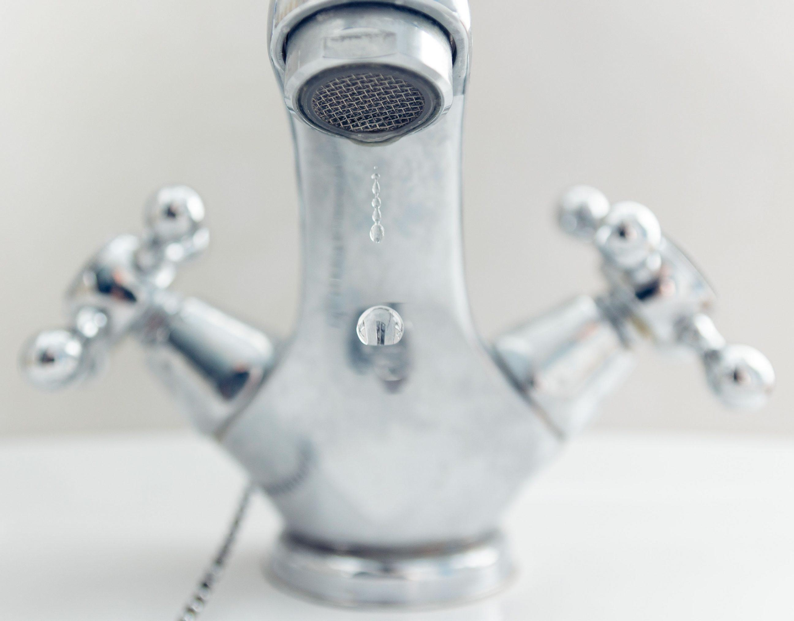 Why Faucets Squeal or Make a Screeching Noise - DIY Home Repair