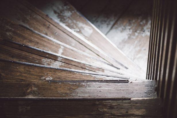 5 Easy Steps To Build Stairs To Attic Or Loft